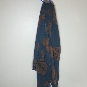 NEW skull scarf